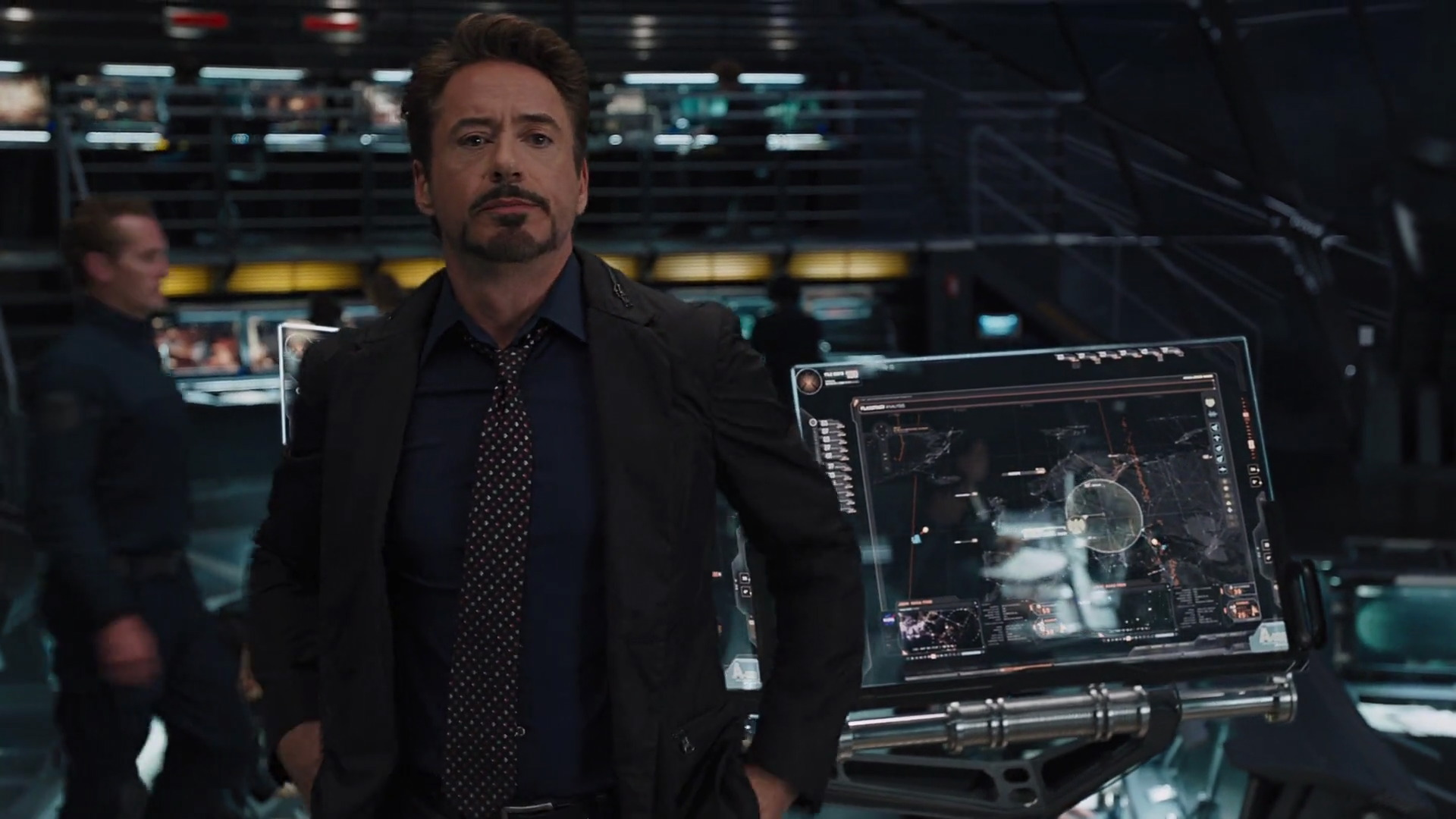 http://www.caps.media/201/2-avengers/full/avengers-movie-screencaps.com-6444.jpg