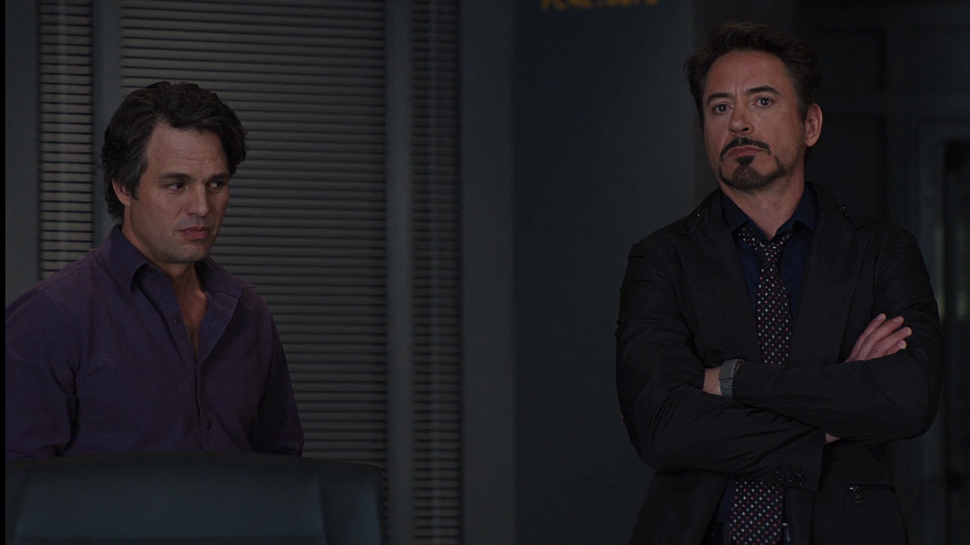 http://www.caps.media/201/2-avengers/full/avengers-movie-screencaps.com-6568.jpg