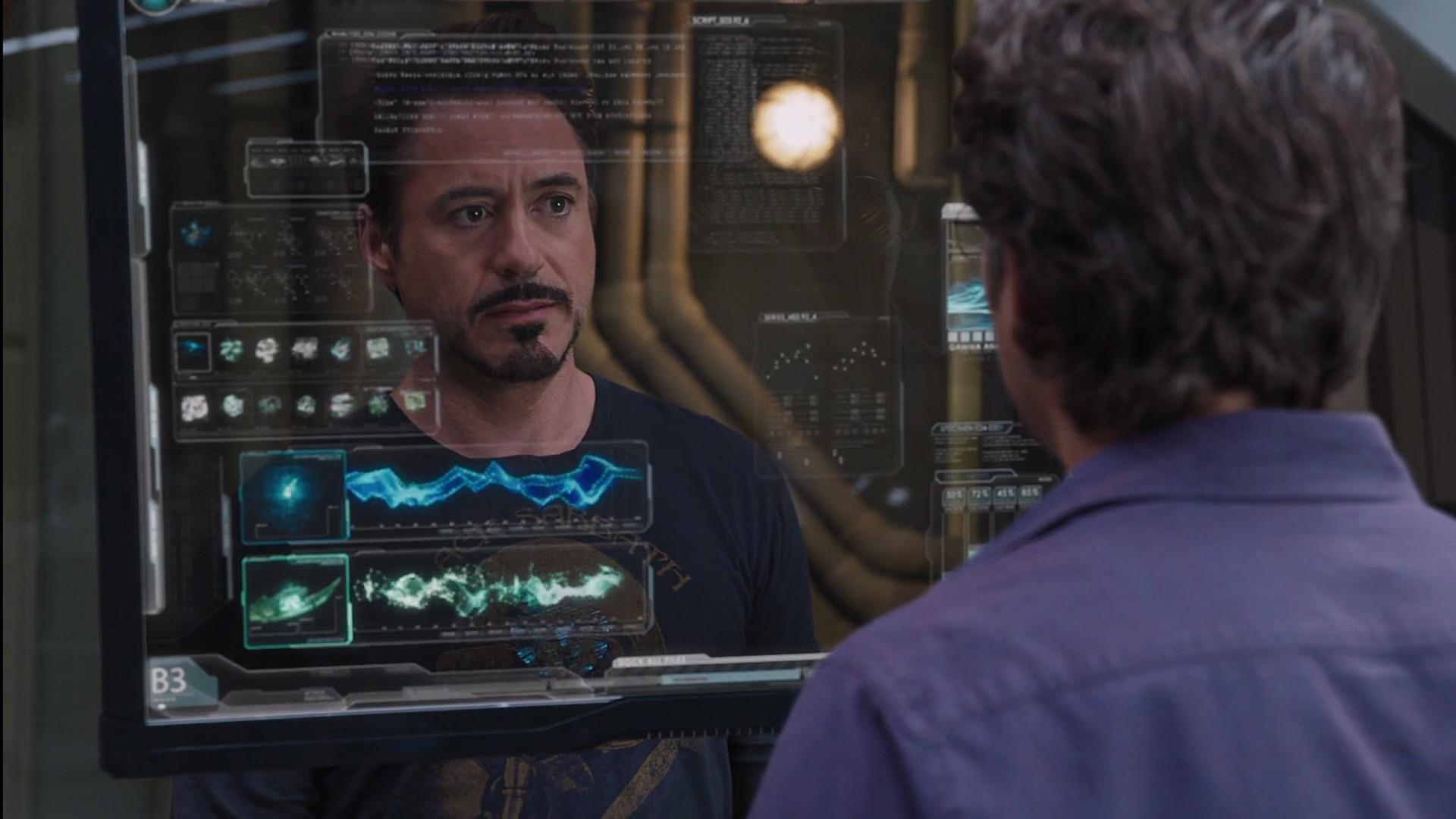 http://www.caps.media/201/2-avengers/full/avengers-movie-screencaps.com-7071.jpg